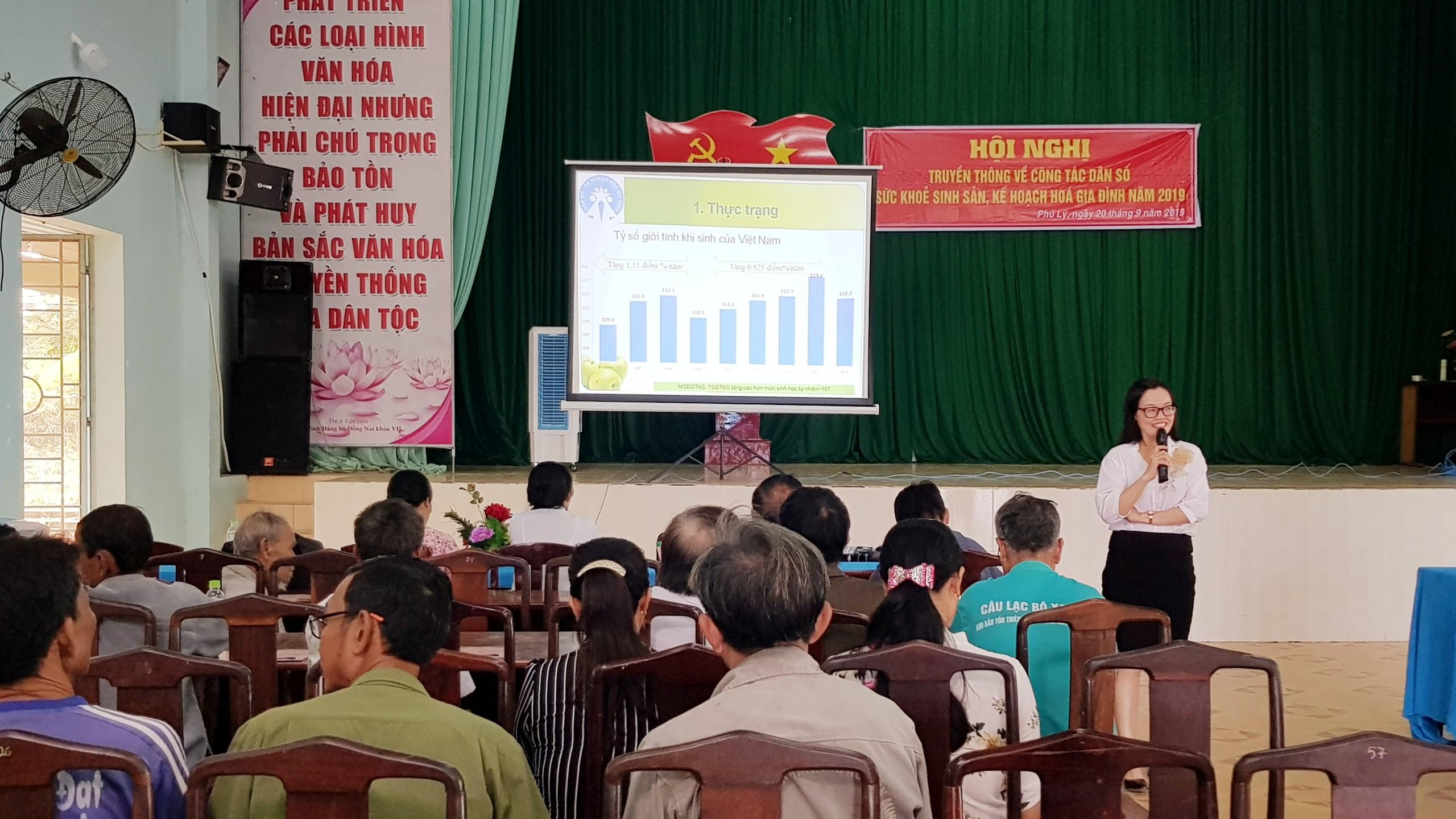 Hội nghị truyền thông về công tác Dân số, sức khỏe sinh sản, kế hoạch hóa gia đình năm 2019