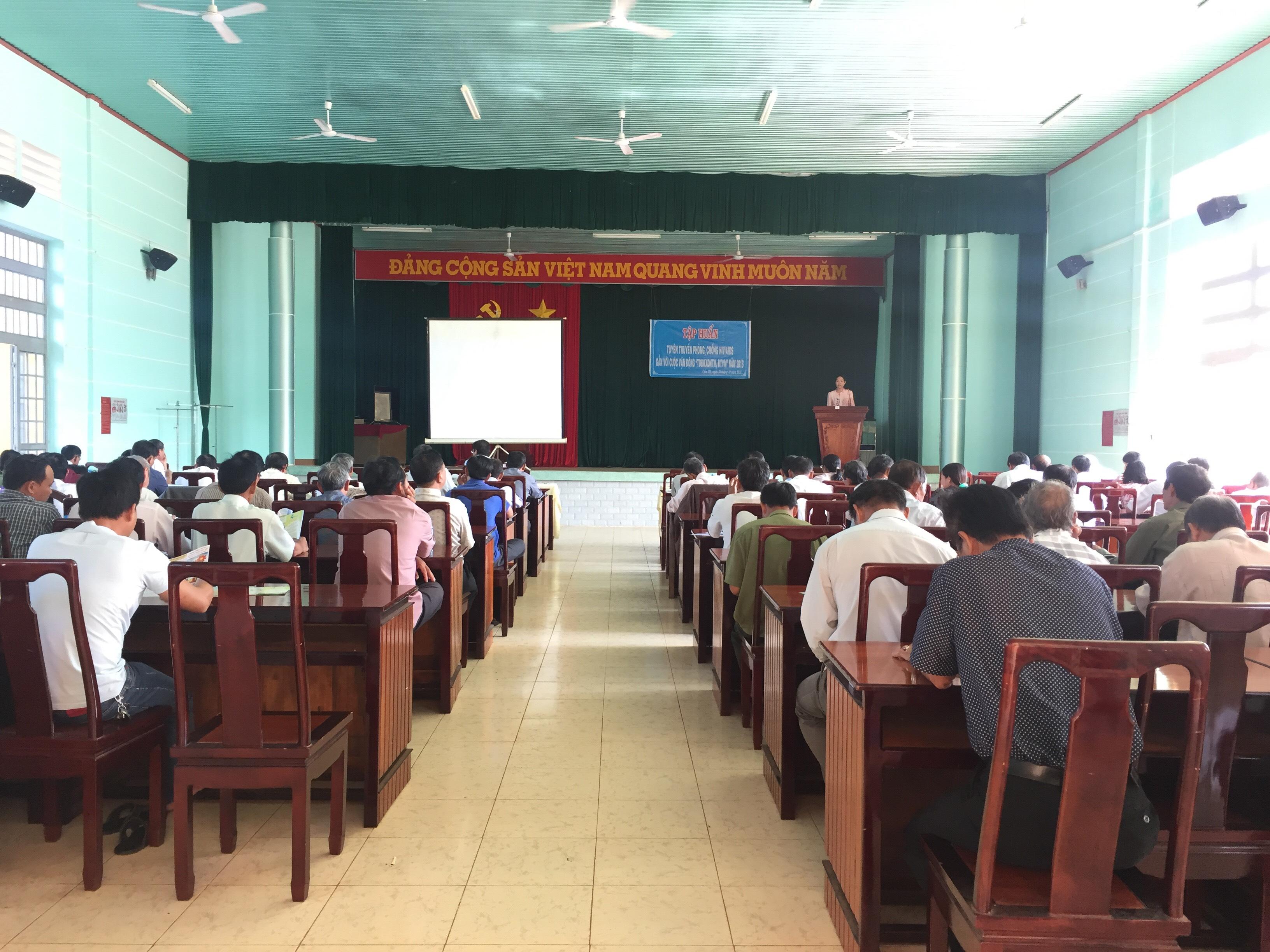 Tập huấn tuyên truyền phòng chống HIV/AIDS tại các huyện Cẩm Mỹ, Xuân Lộc và thị xã Long Khánh