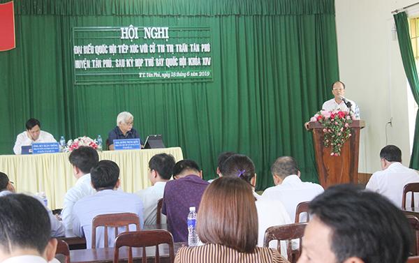Đại biểu Quốc hội tiếp xúc cử tri tại 2 huyện Tân Phú và Định Quán